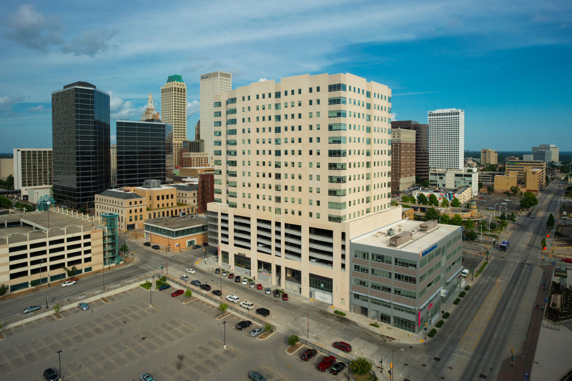 Downtown Tulsa image showing Cimarex building